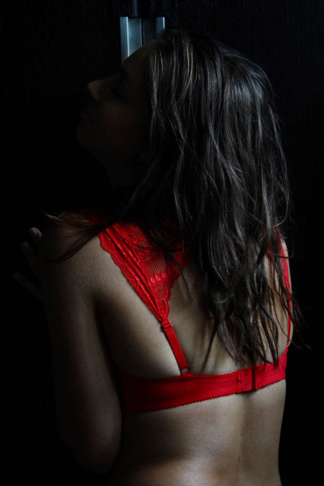 """When you spend more on boudoir photography, you often pay not only for the photos themselves, but for the entire experience, which is why many photographers advertise this field of photography as the """"Boudoir experience"""""""