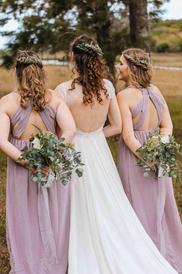 Traditionally, the number of bridesmaids depends on two main factors and they are the size of the family and the size of the wedding. So many decisions have to be made and one looming question that a lot of brides have is regarding the number of bridesmaids.