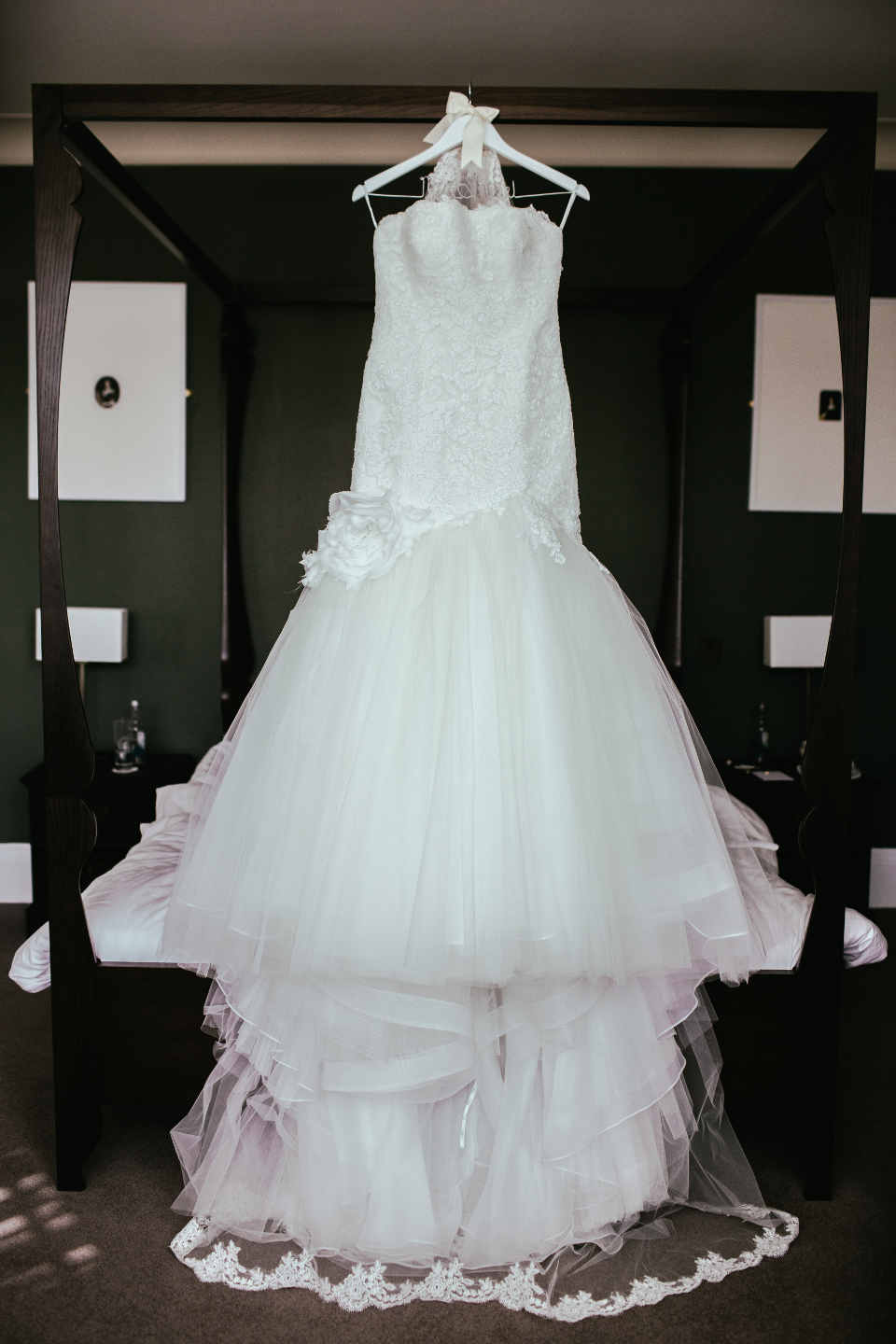 In theory, there is no upper limit to the price of a wedding dress