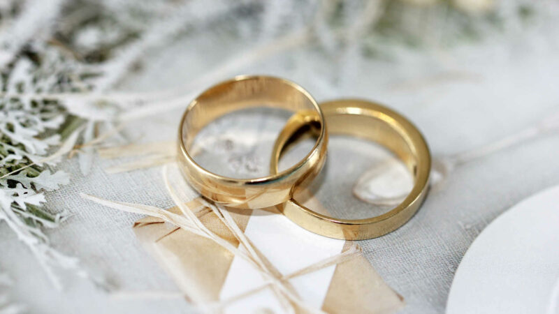 Does Your Wedding Ring Have to Match Your Engagement Ring?