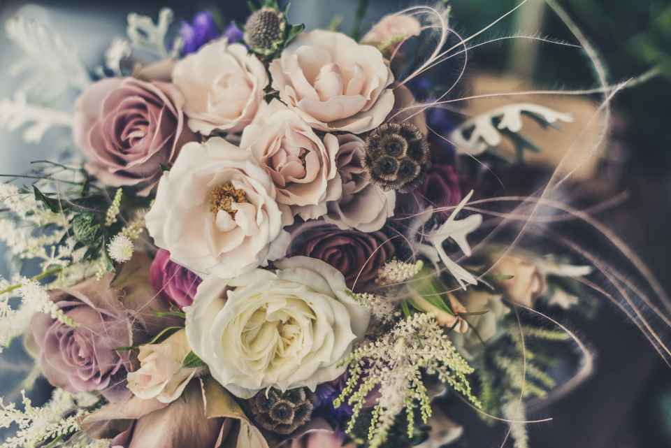 Ideally, the bride is supposed to pay for the flowers that the bridesmaids will be using in their corsages, bouquets and other flower-based accessories