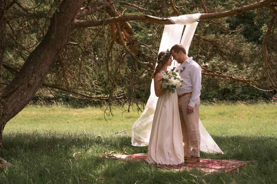 The most basic difference between wedding and elopement is, perhaps, the scale at which they are organized